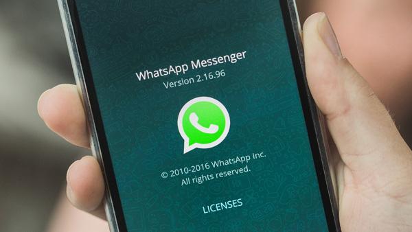 WhatsApp nuovo tentativo di phishing - La truffa delle differenti colorazioni